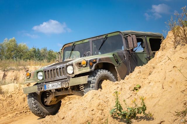 Hummer H1 - Gelände2